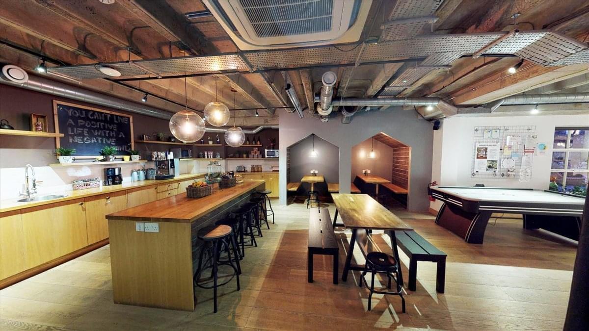 2 Bath Place Office Space