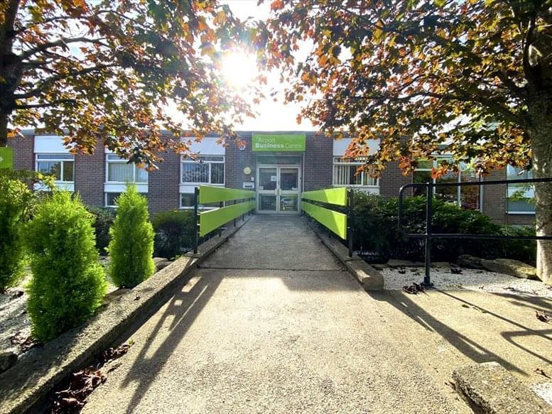 10 Thornbury Road Office Space