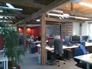 Phoenix Yard Office Space - WC1X 9LW