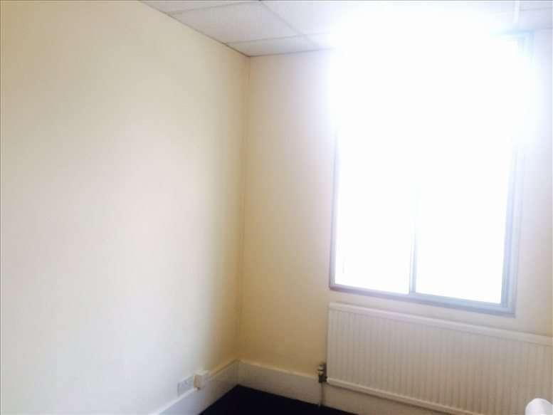 12 Bath Road Office Space