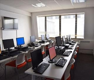Queens Court Office Space - RM1 3NG