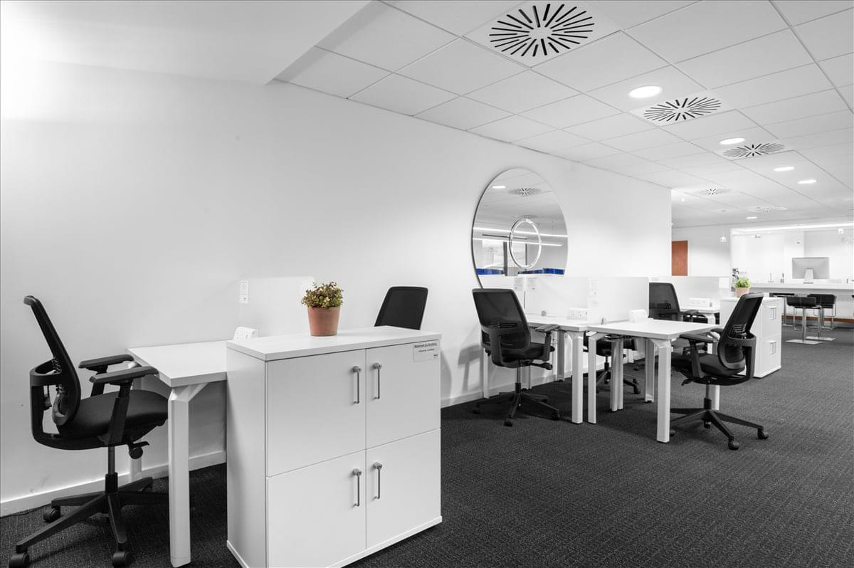 Beaconsfield MSA M40 Office Space