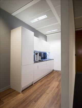 Parkshot House Office Space - TW9 2PR
