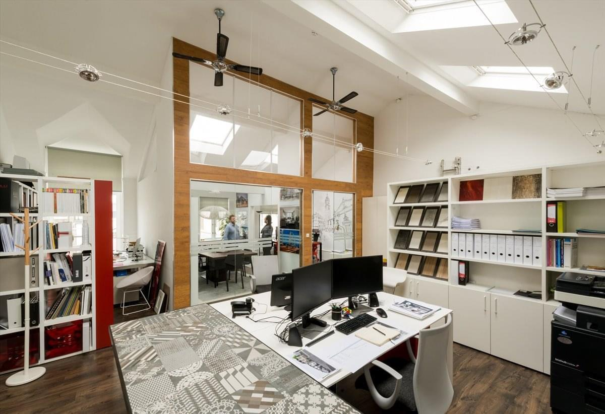 27a Pembridge Villas Office Space