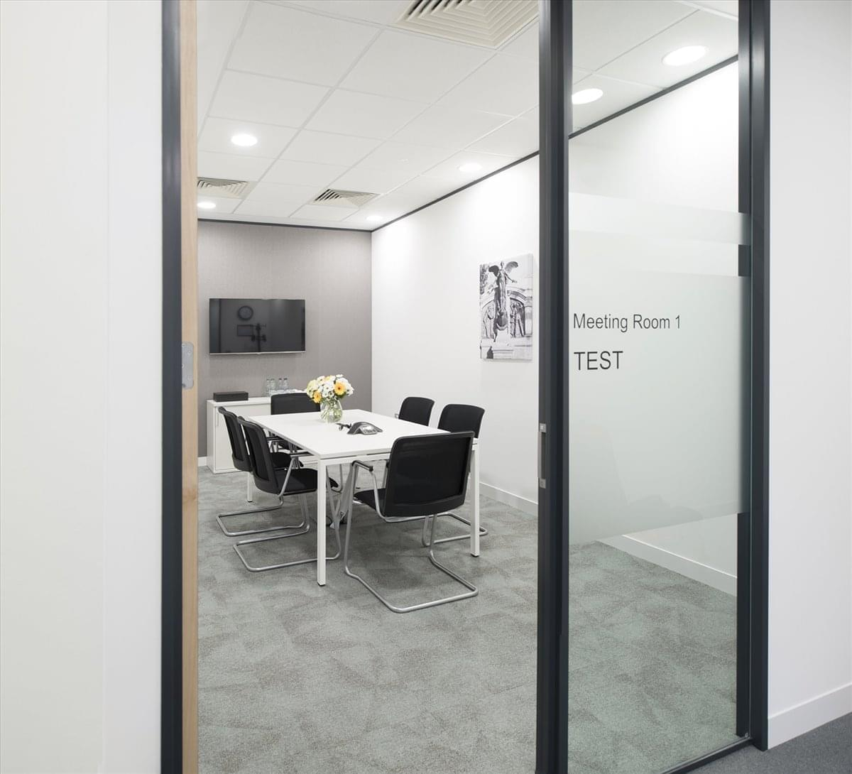 20-23 Woodside Place Office Space