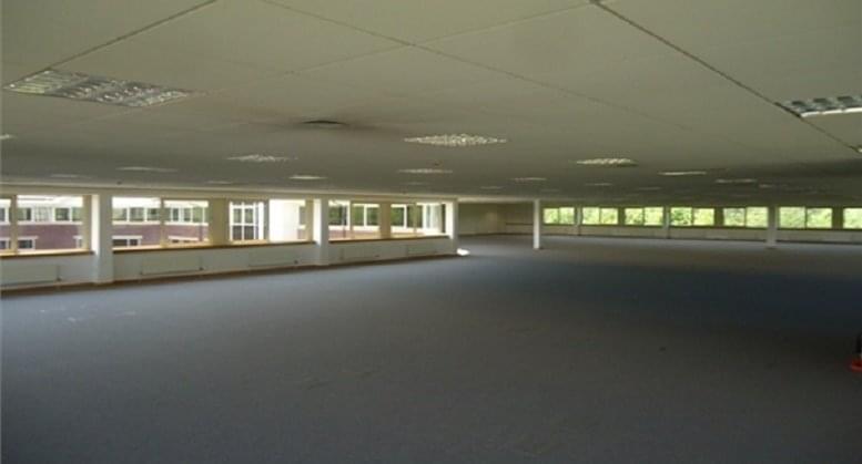 1 Oakwood Court Office Space