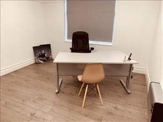 8 Tudor Court Office Space - SM2 5AE