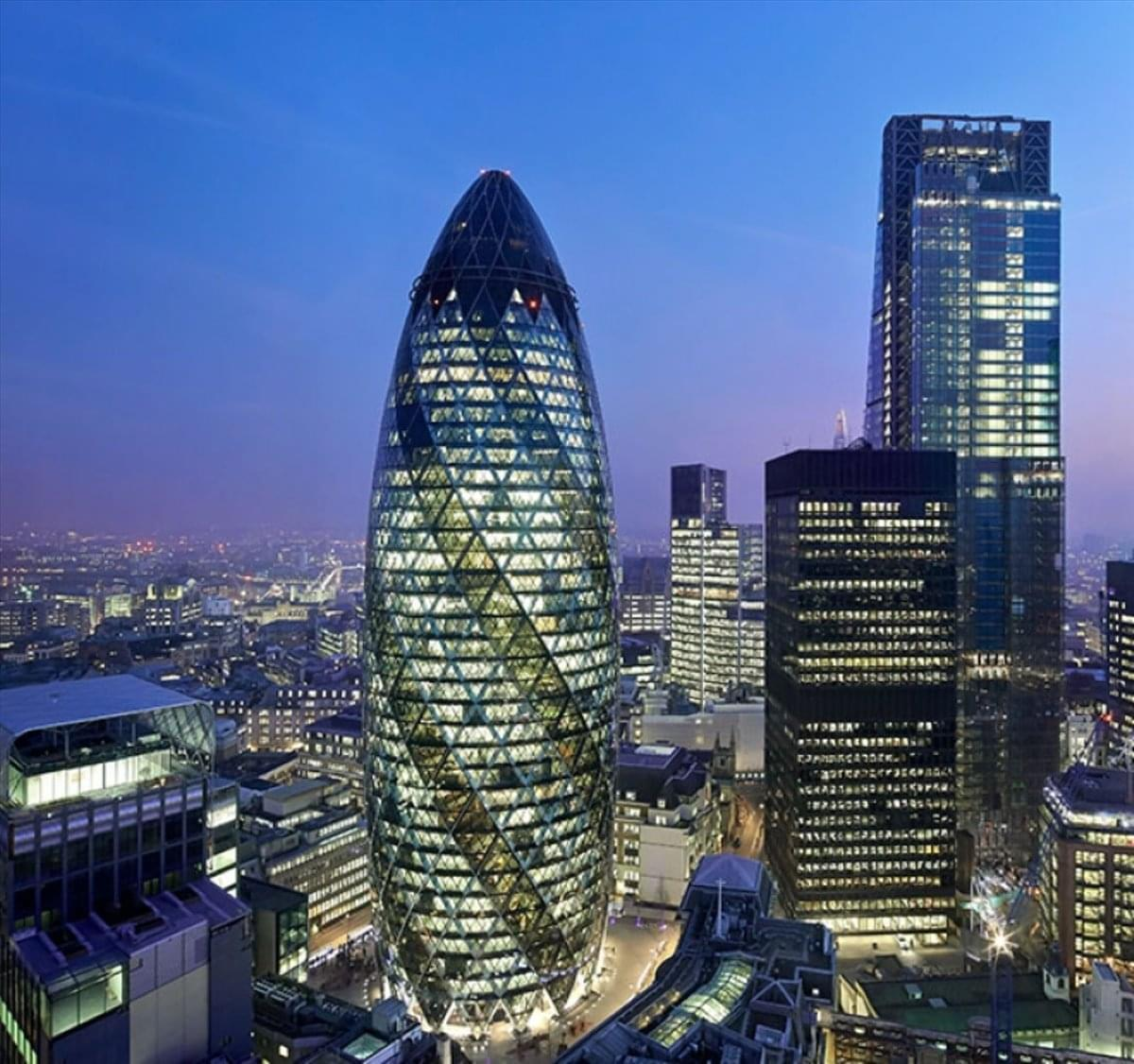 30 St Mary Axe Office Space